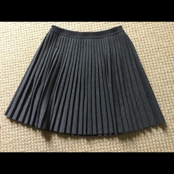 Zara Other - Zara Girls Gray Flannel Pleated Skirt, Size 8